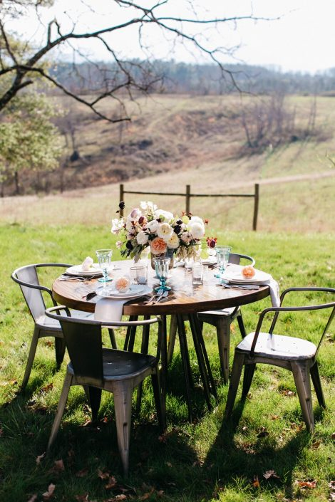 Picturesque setting for farm wedding